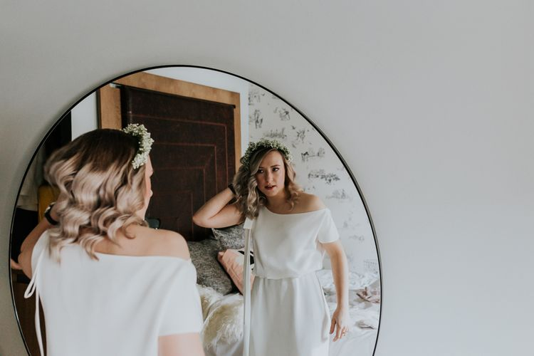 Wedding Morning Bridal Preparations | Bride in Agata Wojtkiewicz Atelier Bridal Gown | Stylish Intimate London Elopement at Islington Town Hall & The Elk in the Woods | Joasis Photography