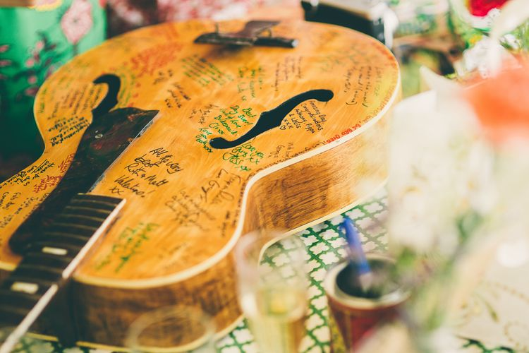 Alternative Guest Book for Your Wedding Day | Guitar Guest Book for Musical Wedding | Neil Jackson Photographic