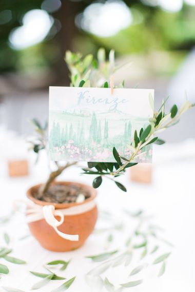 Plant Pot Table Centrepiece | Four Day Italian Destination Wedding at Frattoria Mansi Bernadini Planned by Weddings by Emily Charlotte | Cecelina Photography