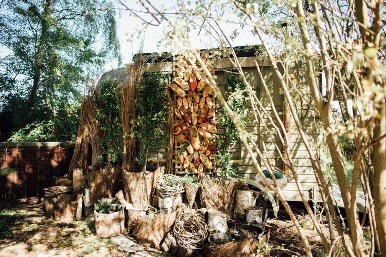 Outdoor woodland decor with relaxed styling in autumn