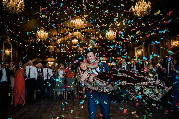 Indoor Confetti // Dancing // Anglo Indian Fusion Wedding // Yorkshire // Photography by Kazooieloki.