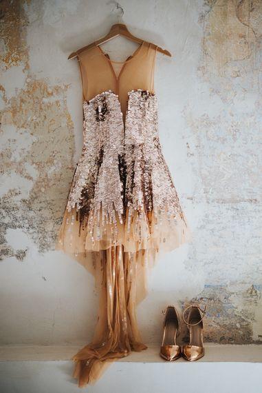 Gold Glitter Second Wedding Dress | Stylish Pink Wedding at Terzo di Danciano, Tuscany, Italy | Lucrezia Senserini Photography | Film by Righi Photography
