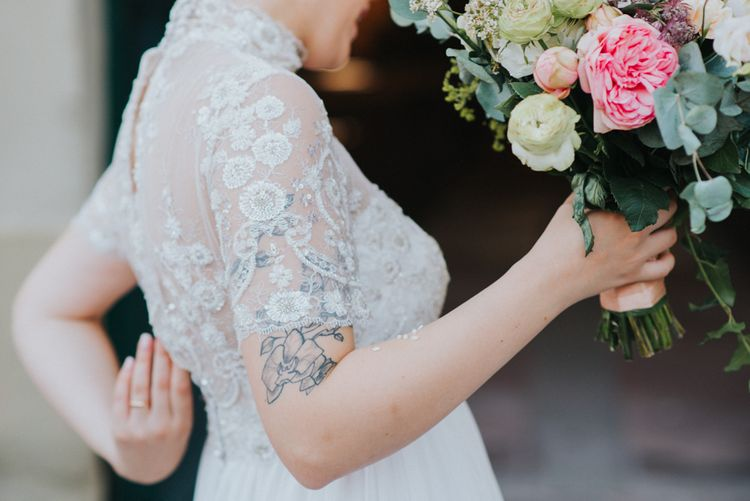 Bride in Sartoria Cucciaioni Wedding Dress | Stylish Pink Wedding at Terzo di Danciano, Tuscany, Italy | Lucrezia Senserini Photography | Film by Righi Photography