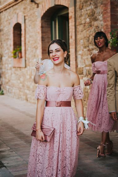 Bridesmaids in Lace Pink Off The Shoulder Dresses | Stylish Pink Wedding at Terzo di Danciano, Tuscany, Italy | Lucrezia Senserini Photography | Film by Righi Photography