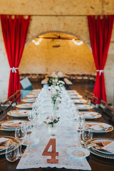 Reception | Stylish Pink Wedding at Terzo di Danciano, Tuscany, Italy | Lucrezia Senserini Photography | Film by Righi Photography