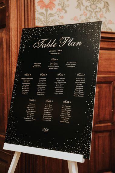 Table plan with polka dot illustration