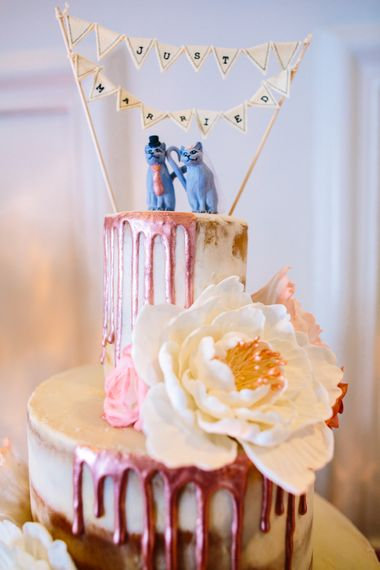 Drip Icing Wedding Cake // Images By Storyett