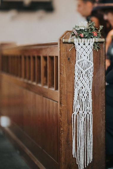 Macrame Aisle Decor For Wedding / Image By Jo Greenfield Photographer