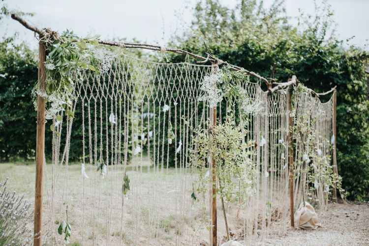 Macrame Backdrop For Wedding // Image by Rosie Kelly Photography