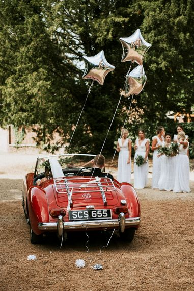 Vintage Car For Wedding // Image By Rosie Kelly Photography