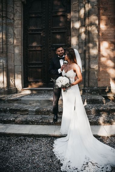Black and white wedding in Tuscany