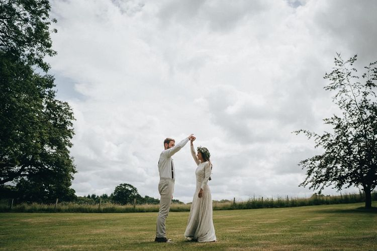 Bride and groom have a moment in Berkshire wedding venue grounds