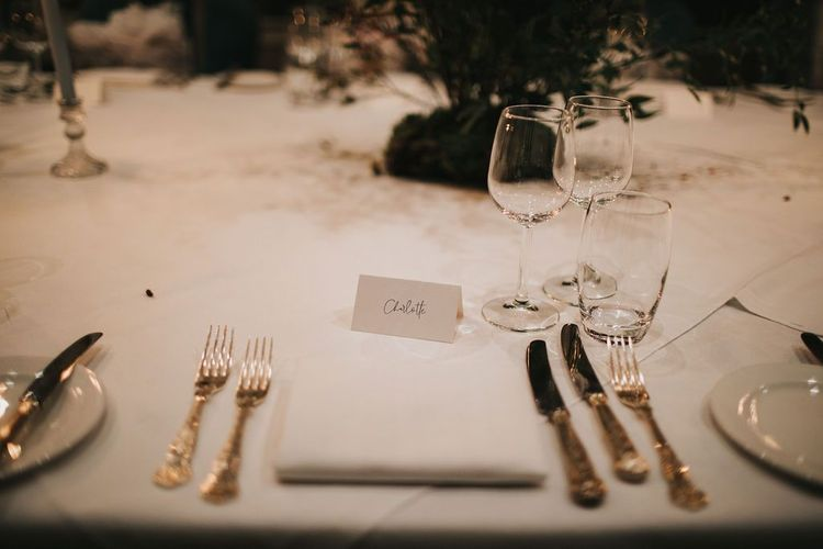 Wedding table place setting for small wedding