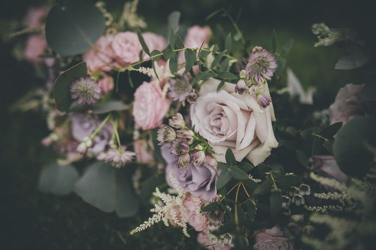 Rustic wedding with lilac wedding flowers