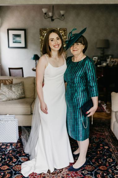Mother of the bride and daughter on the wedding morning