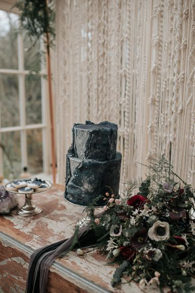 Cottonwood Bakery Wedding Cake | Dark & Dreamy Celestial Wedding Inspiration by Save the Date Event Stylist at East Bridgford Hill, Nottingham | Pear & Bear Photography