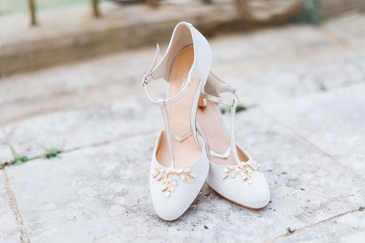 Rachel Simpson Bridal Shoes | Effortless French Chic at Hale in Hampshire | Charlotte Wise Fine Art Photography