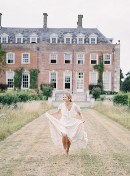 Bride in Lace Cherry Williams London Gown | Elegant Summer Inspiration at St Giles House, Dorset by Jessica Roberts Design   Imogen Xiana Photography
