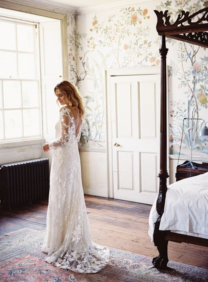 Bridal Morning Wedding Preparations | Bride in Lace Cherry Williams London Gown | Elegant Summer Inspiration at St Giles House, Dorset by Jessica Roberts Design   Imogen Xiana Photography