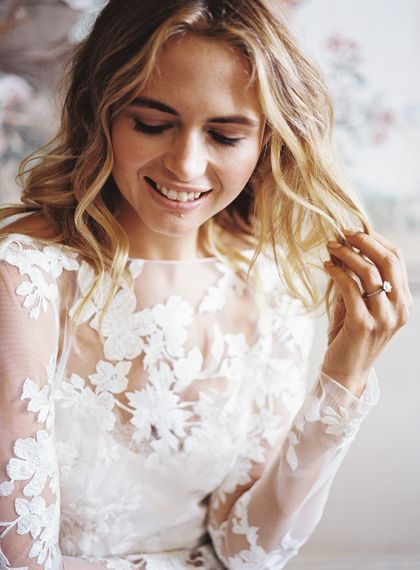 Bridal Beauty | Natural Wedding Makeup | Wedding Morning Preparations | Elegant Summer Inspiration at St Giles House, Dorset by Jessica Roberts Design   Imogen Xiana Photography