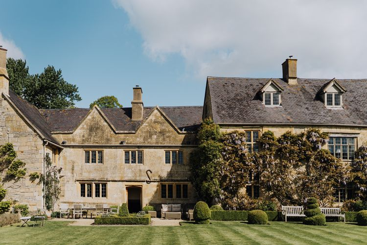 Wedding in The Cotswolds at Family Home