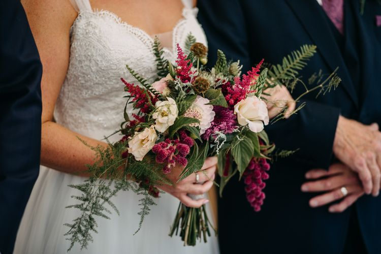 Florals | Northamptonshire wedding at Plum Park Hotel | Wtoo by Watters from Serendipity Brides | Spindleberry Flowers | Photography by Ania Ames