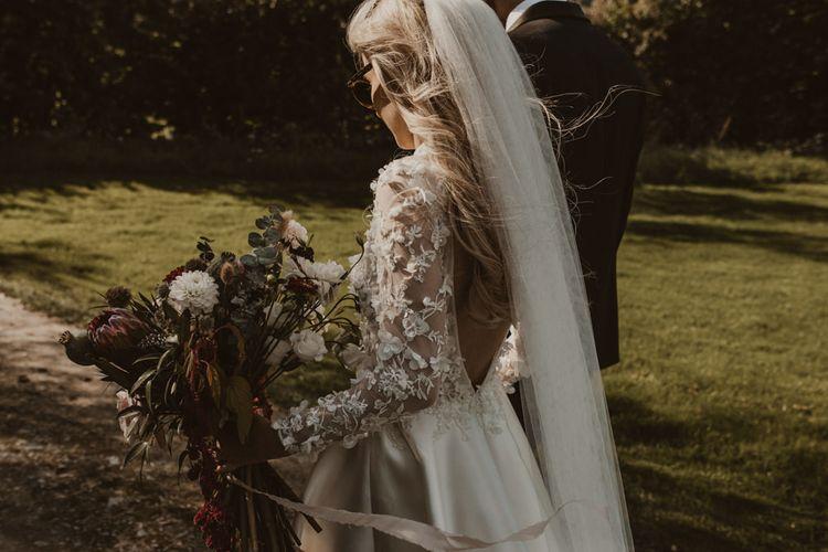 Applique Emma Beaumont bride dress