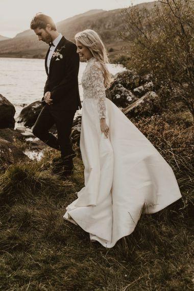 来自艾玛博蒙特的长袖婚纱礼服