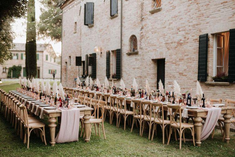 Outdoor wedding breakfast at Italian villa