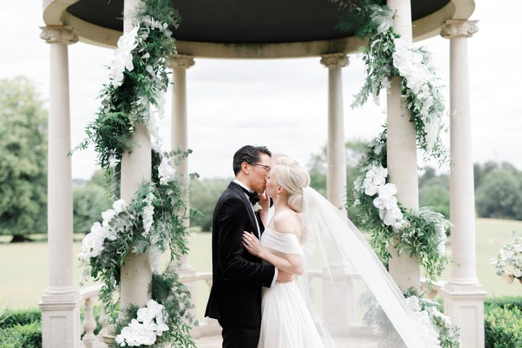 You may now kiss the bride moment at Froyle Park wedding