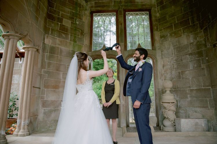 Handfasting ceremony at Culzean Castle wedding in Scotland
