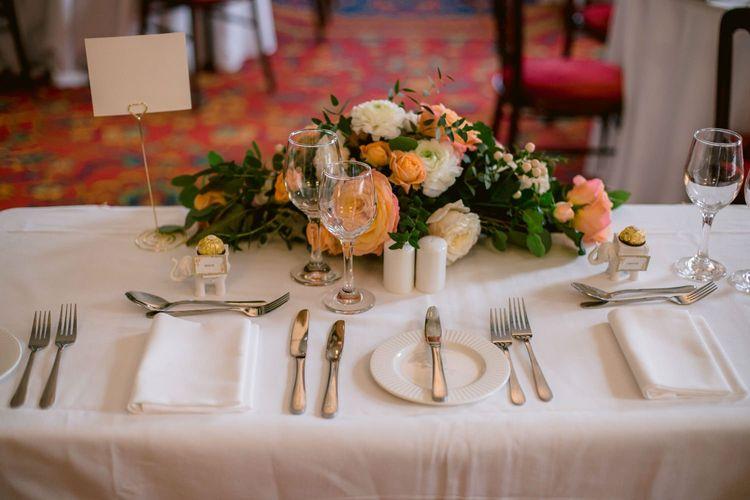 Bright wedding flower table decoration