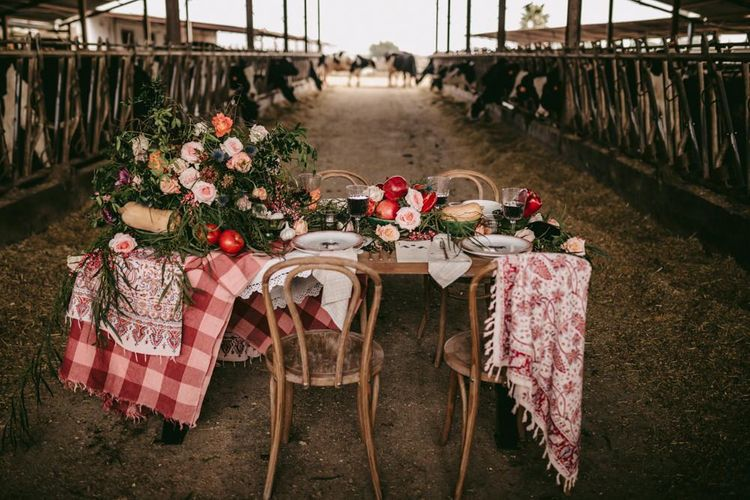 Organic tablescape decor for golden wedding anniversary