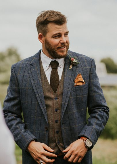 Groom In Blue Checked Suit With Brown Tweed Waistcoat // Image By Virginia Photography