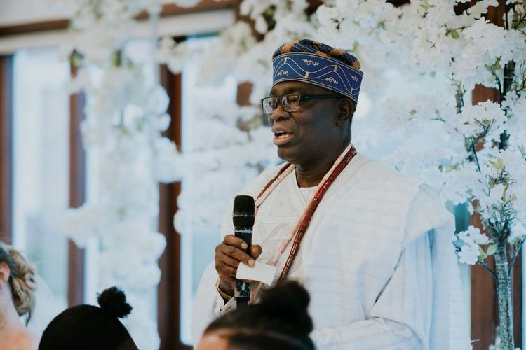 Father of the groom in traditional Nigerian Yoruba outfit