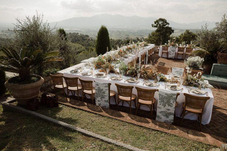 Fattoria Montechiari wedding breakfast set-up