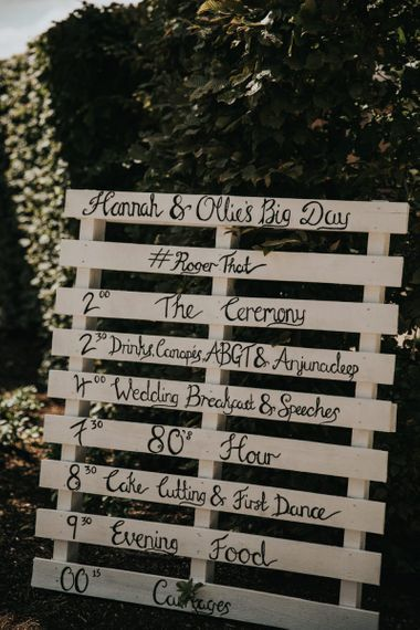Palette wedding sign at Hyde House wedding