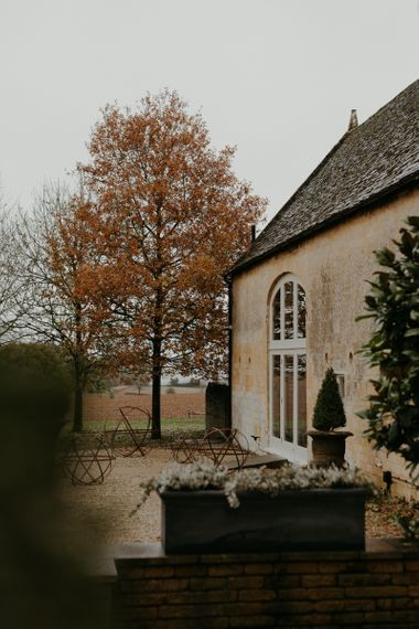 Lapstone Barn wedding venue in the Cotswolds