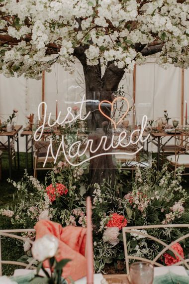 Just married neon wedding sign