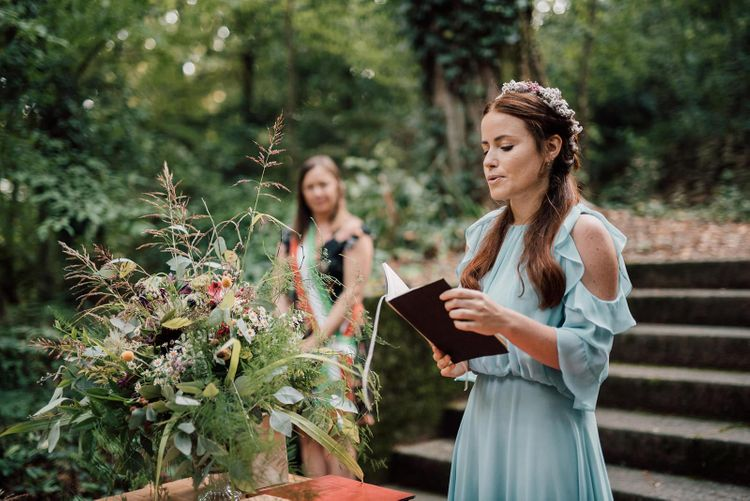 Wedding readings at Italian wedding by Bridesmaid