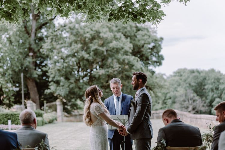 Outdoor Wedding Ceremony France // Image By Marine Marques Photographe