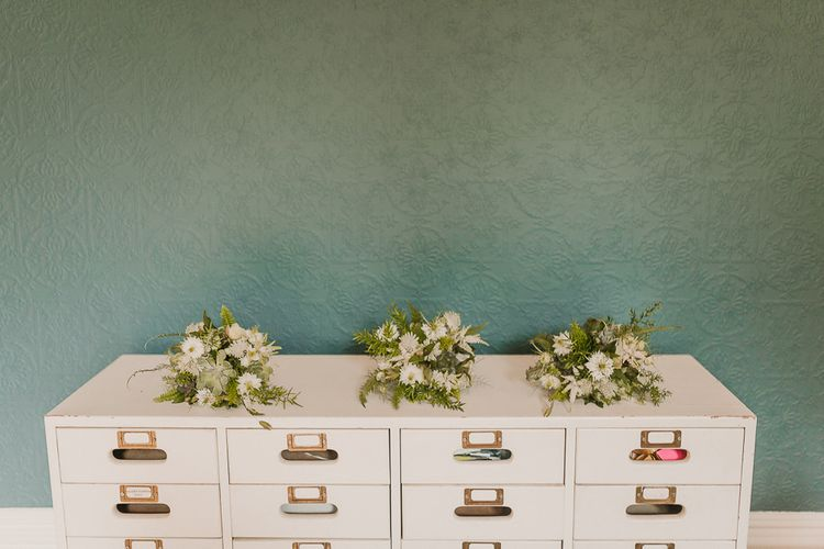 Wedding Party Posies / Image By Lianne Gray Photography