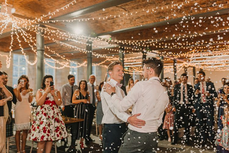 First Dance At Wedding / Image By Lianne Gray Photography