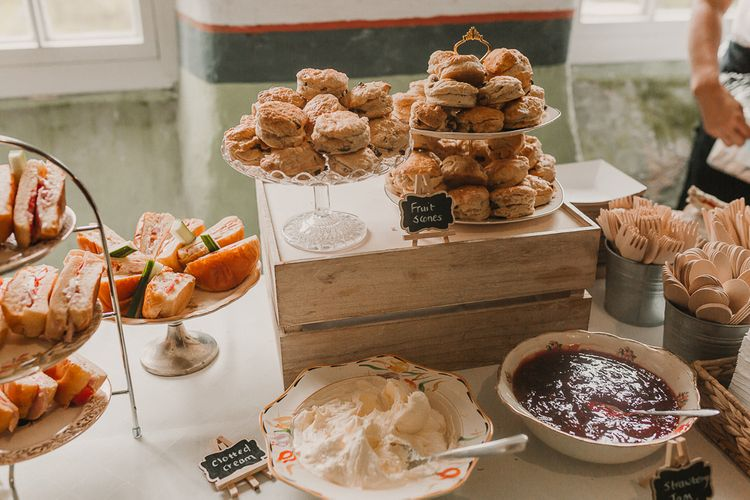 Afternoon Tea For Wedding / Image By Lianne Gray Photography
