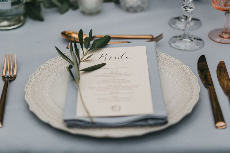 Table Setting | Wedding Breakfast Menu | Grey Napkin | Gold Cutlery | Grey Tablecloth | Stunning Syon Park Wedding with Quill Stationery Suite | Nancy Ebert Photography
