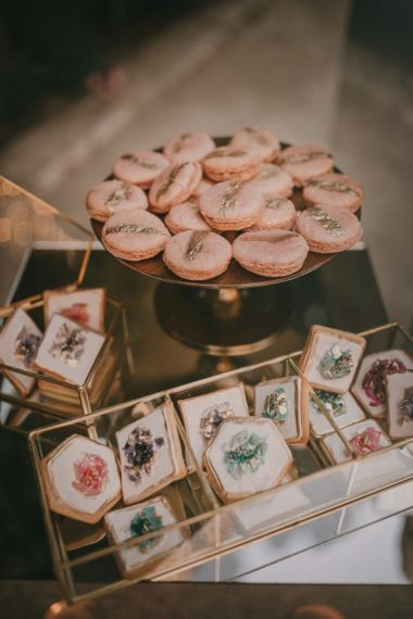 Individual Macaroons and Biscuit Wedding Treats