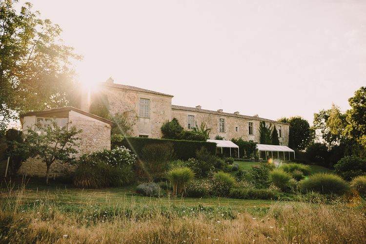 Sophisticated Outdoor Wedding at Chateau Riguad, France with Neutral Colour Palette | Modern Vintage Weddings Photography