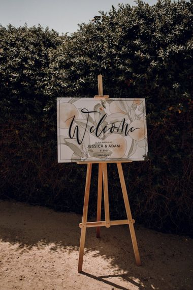 Wedding welcome sign with illustration