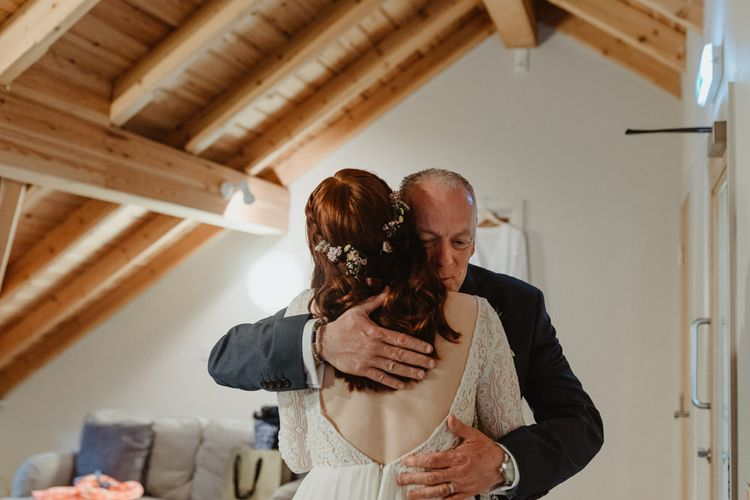 Father of The Bride Sees Daughter In Dress For First Time