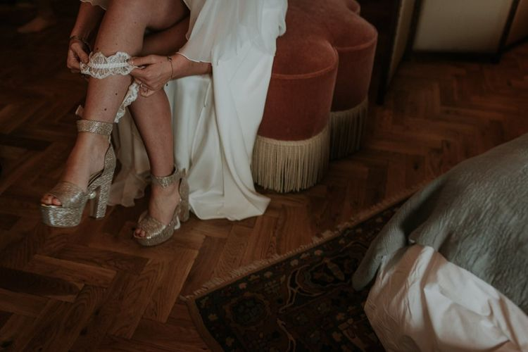 Gold Wedding Shoes For Stylish Bride